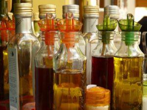Quel sont les différents types de vinaigres et leurs aromatisations ?