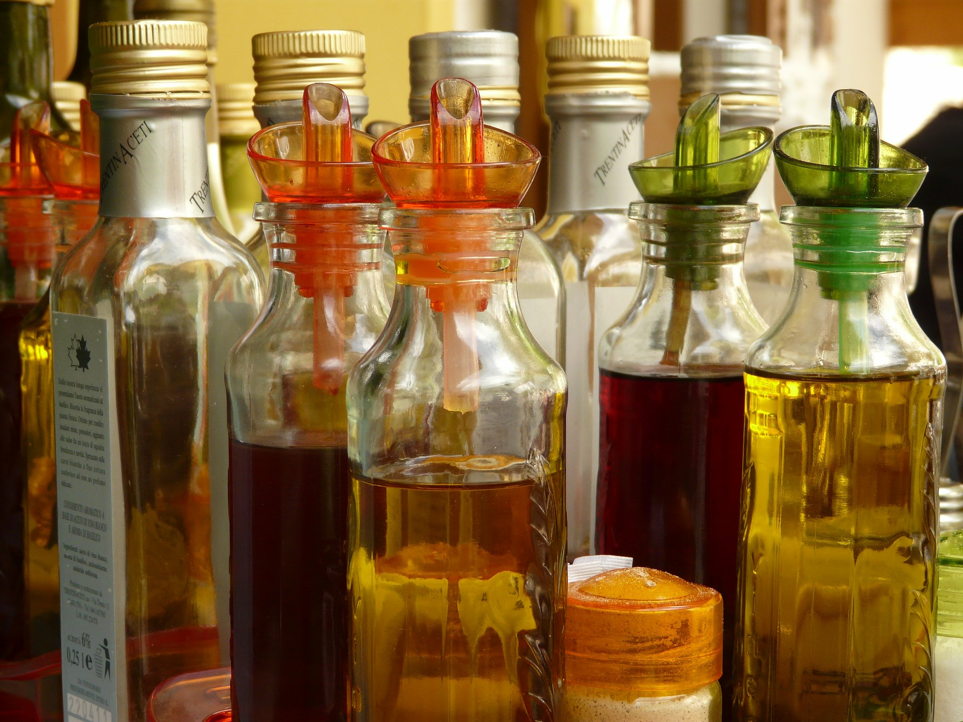 Read more about the article Quel sont les différents types de vinaigres et leurs aromatisations ?