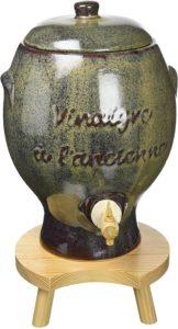 Read more about the article Vinaigriers en bois, en grès ou en verre : lequel choisir ?